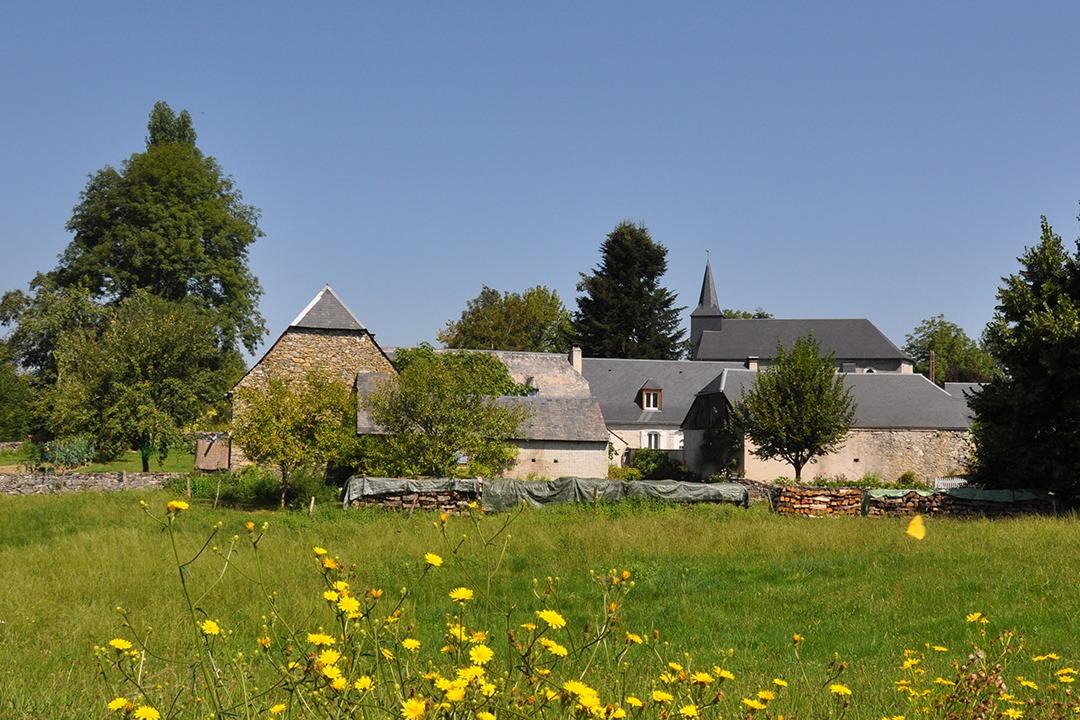 le village de Lomné