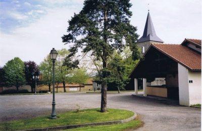 Place du village Campistrous