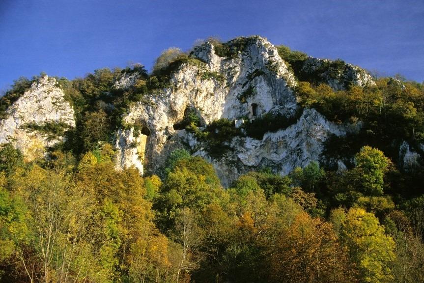 Grottes fortifiées Lortet